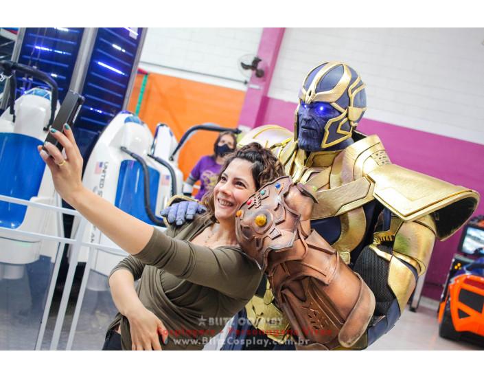 Os Vingadores e Thanos Personagem Vivo Para Festas e Eventos.