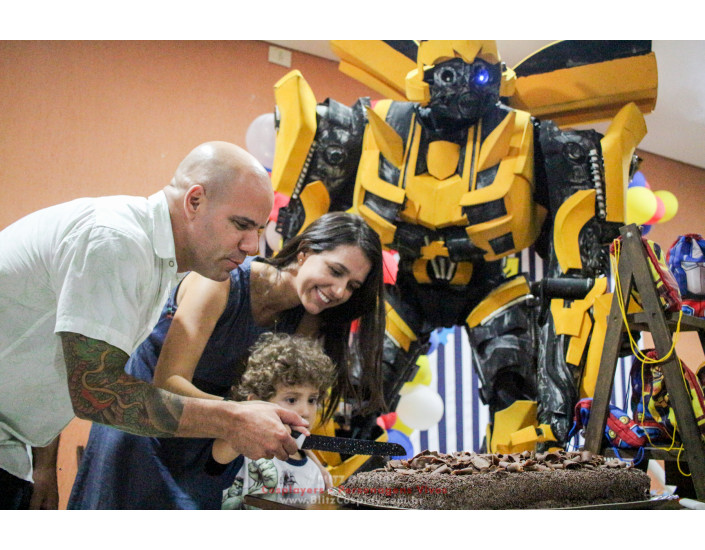 Personagem vivo Bumblebee para festas