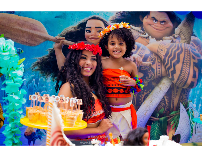 Personagem vivo Moana para festas