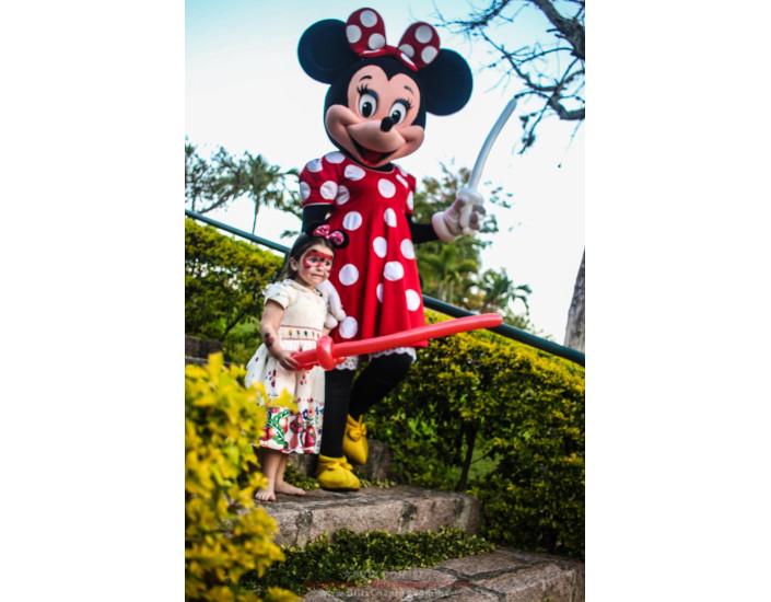 Minnie Personagem Vivo Para Festas.