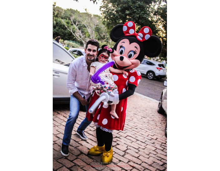 Minnie Personagem Vivo Para Festas.